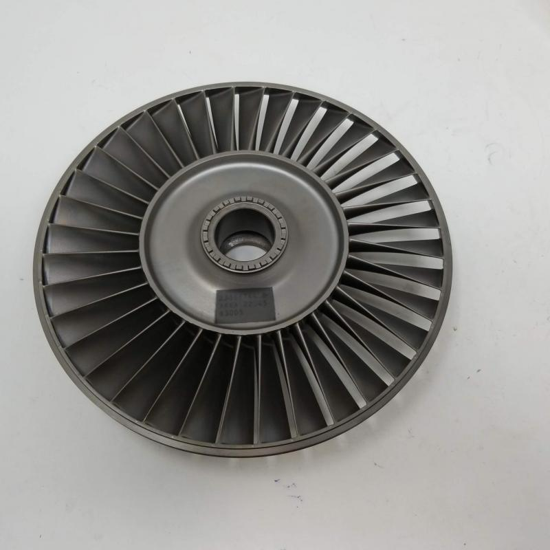 P/N: 23066744, 4th Stage Turbine Wheel, S/N: X550268, TR 552.9, Serviceable RR M250, ID: AZA