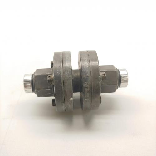 P/N: 6876557, Double Check Valve, As Removed RR M250, ID: AZA