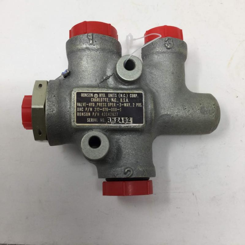 P/N: 212-076-008-001, Valve Assembly, S/N: RH2482, Serviceable BH, ID: AZA